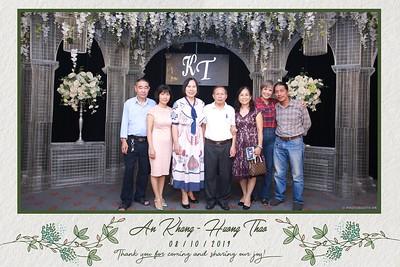KT-wedding-instant-print-photo-booth-Chup-anh-in-hinh-lay-ngay-Tiec-cuoi-tai-Ha-Noi-Photobooth-Hanoi-WefieBox-Photobooth-Vietnam-074