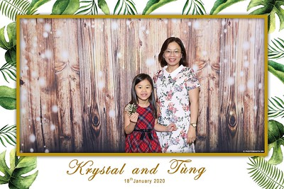 Krystal-Tung-wedding-instant-print-photo-booth-in-Ho-Chi-Minh-City-Chup-hinh-lay-lien-Tiec-cuoi-WefieBox-Photobooth-Vietnam-113