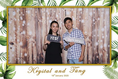 Krystal-Tung-wedding-instant-print-photo-booth-in-Ho-Chi-Minh-City-Chup-hinh-lay-lien-Tiec-cuoi-WefieBox-Photobooth-Vietnam-069