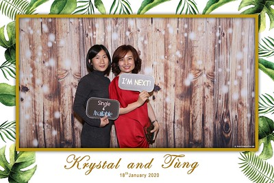 Krystal-Tung-wedding-instant-print-photo-booth-in-Ho-Chi-Minh-City-Chup-hinh-lay-lien-Tiec-cuoi-WefieBox-Photobooth-Vietnam-110