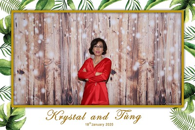 Krystal-Tung-wedding-instant-print-photo-booth-in-Ho-Chi-Minh-City-Chup-hinh-lay-lien-Tiec-cuoi-WefieBox-Photobooth-Vietnam-075