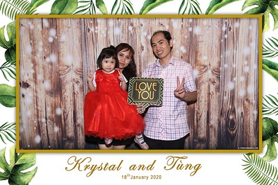 Krystal-Tung-wedding-instant-print-photo-booth-in-Ho-Chi-Minh-City-Chup-hinh-lay-lien-Tiec-cuoi-WefieBox-Photobooth-Vietnam-083