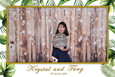 Krystal-Tung-wedding-instant-print-photo-booth-in-Ho-Chi-Minh-City-Chup-hinh-lay-lien-Tiec-cuoi-WefieBox-Photobooth-Vietnam-074