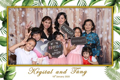 Krystal-Tung-wedding-instant-print-photo-booth-in-Ho-Chi-Minh-City-Chup-hinh-lay-lien-Tiec-cuoi-WefieBox-Photobooth-Vietnam-095