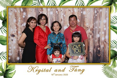 Krystal-Tung-wedding-instant-print-photo-booth-in-Ho-Chi-Minh-City-Chup-hinh-lay-lien-Tiec-cuoi-WefieBox-Photobooth-Vietnam-101