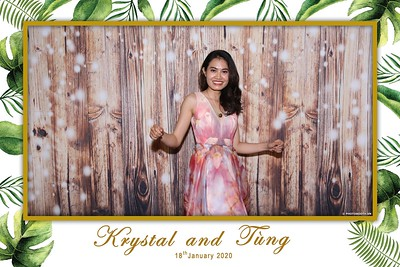 Krystal-Tung-wedding-instant-print-photo-booth-in-Ho-Chi-Minh-City-Chup-hinh-lay-lien-Tiec-cuoi-WefieBox-Photobooth-Vietnam-078