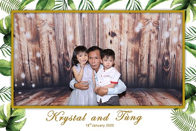 Krystal-Tung-wedding-instant-print-photo-booth-in-Ho-Chi-Minh-City-Chup-hinh-lay-lien-Tiec-cuoi-WefieBox-Photobooth-Vietnam-091