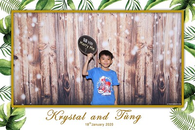 Krystal-Tung-wedding-instant-print-photo-booth-in-Ho-Chi-Minh-City-Chup-hinh-lay-lien-Tiec-cuoi-WefieBox-Photobooth-Vietnam-111