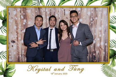 Krystal-Tung-wedding-instant-print-photo-booth-in-Ho-Chi-Minh-City-Chup-hinh-lay-lien-Tiec-cuoi-WefieBox-Photobooth-Vietnam-089