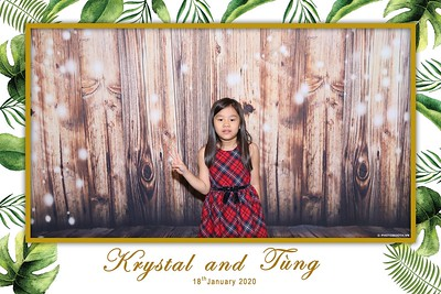 Krystal-Tung-wedding-instant-print-photo-booth-in-Ho-Chi-Minh-City-Chup-hinh-lay-lien-Tiec-cuoi-WefieBox-Photobooth-Vietnam-116