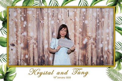 Krystal-Tung-wedding-instant-print-photo-booth-in-Ho-Chi-Minh-City-Chup-hinh-lay-lien-Tiec-cuoi-WefieBox-Photobooth-Vietnam-073