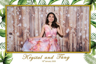 Krystal-Tung-wedding-instant-print-photo-booth-in-Ho-Chi-Minh-City-Chup-hinh-lay-lien-Tiec-cuoi-WefieBox-Photobooth-Vietnam-080