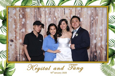 Krystal-Tung-wedding-instant-print-photo-booth-in-Ho-Chi-Minh-City-Chup-hinh-lay-lien-Tiec-cuoi-WefieBox-Photobooth-Vietnam-092