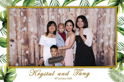 Krystal-Tung-wedding-instant-print-photo-booth-in-Ho-Chi-Minh-City-Chup-hinh-lay-lien-Tiec-cuoi-WefieBox-Photobooth-Vietnam-076