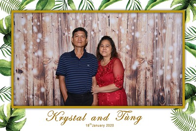 Krystal-Tung-wedding-instant-print-photo-booth-in-Ho-Chi-Minh-City-Chup-hinh-lay-lien-Tiec-cuoi-WefieBox-Photobooth-Vietnam-090