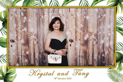 Krystal-Tung-wedding-instant-print-photo-booth-in-Ho-Chi-Minh-City-Chup-hinh-lay-lien-Tiec-cuoi-WefieBox-Photobooth-Vietnam-105