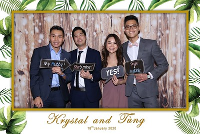 Krystal-Tung-wedding-instant-print-photo-booth-in-Ho-Chi-Minh-City-Chup-hinh-lay-lien-Tiec-cuoi-WefieBox-Photobooth-Vietnam-087