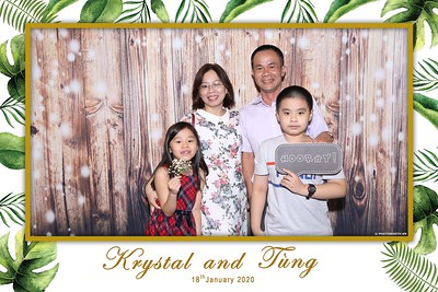 Krystal-Tung-wedding-instant-print-photo-booth-in-Ho-Chi-Minh-City-Chup-hinh-lay-lien-Tiec-cuoi-WefieBox-Photobooth-Vietnam-114