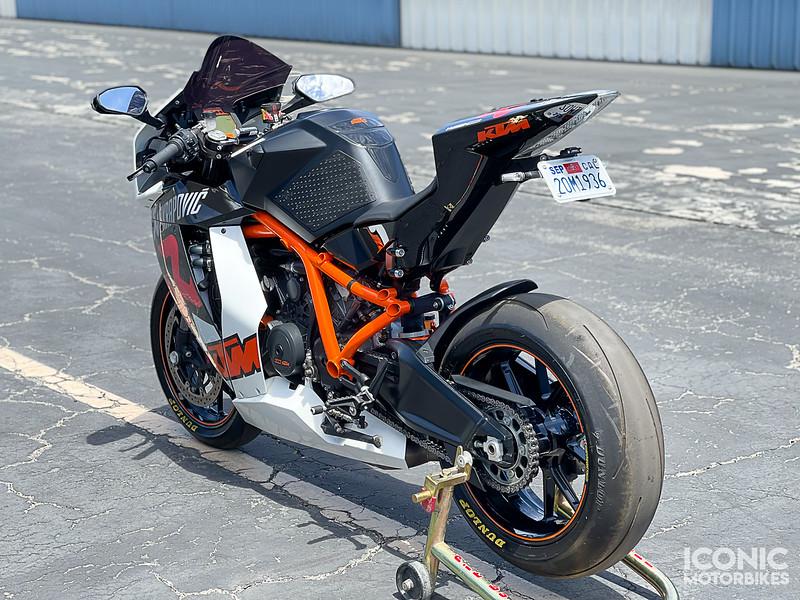 KTM RC8R Akrapovic -  (22)