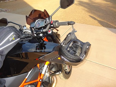 Item 4075 or 4076 on a 2015 KTM Super Duke