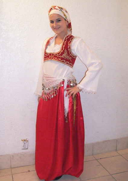 Aida Begović is KUD SEVDAH member since 2002.<br /> She was born in Landsberg, Germany.
