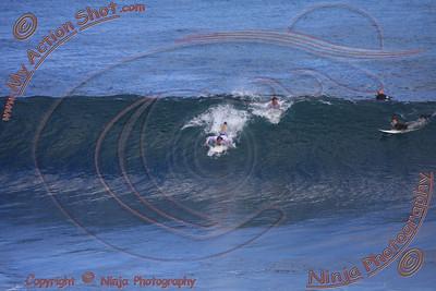<font color=#F75D59>2008_06_21 - Surfing Uluwatu, BALI - Kurt</font>