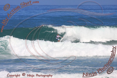 2008_10_13 - Surfing Laniakea, North Shore (OAHU) - Kurt