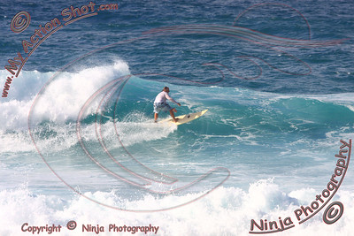 2008_11_16 - Surfing Ehukai, North Shore (OAHU) - Kurt