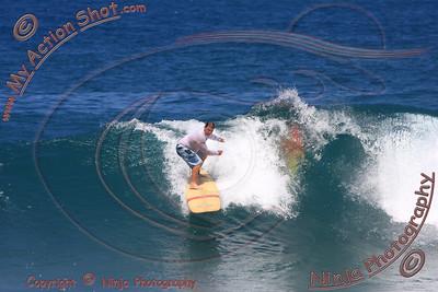 <font color=#F75D59>2009_10_08 - Surfing Pupukea, North Shore (OAHU) - Kurt</font>