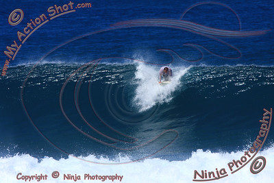 2009_10_30 - Surfing Rocky Pt, North Shore (OAHU) - Kurt