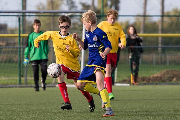 21/10/2017: Waasland-Beveren - KVV Laarne-Kalken B