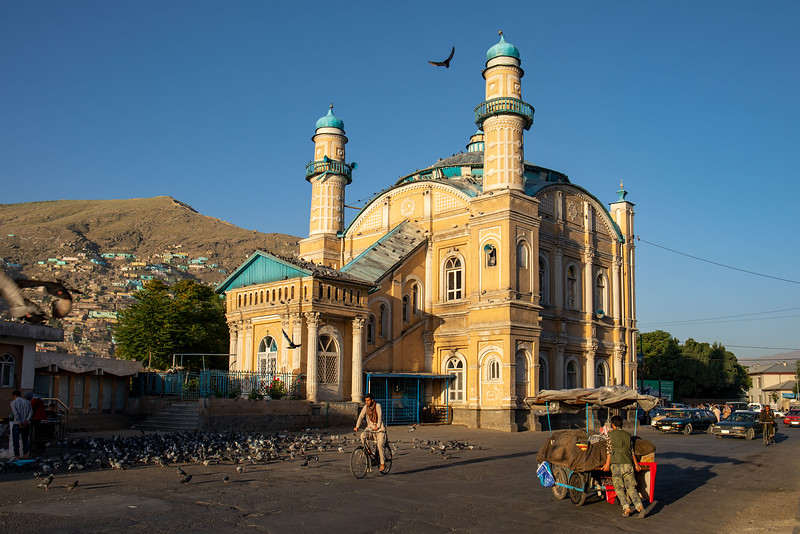 "The Shah-Do Shamshira Mosque in Kabul (the name translates to ""Mosque of the King of Two Swords"")."