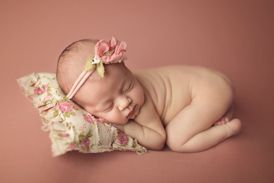 kaia nour newborn