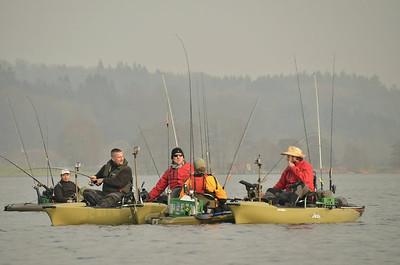 Samling på søen i en pausestund. Foto: Finn Sloth.