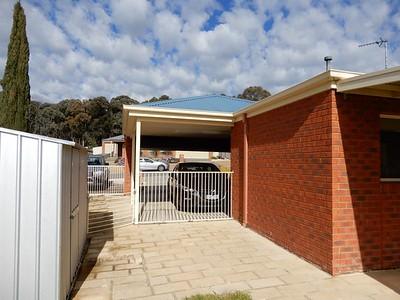 Kangaroo Flat House