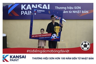 Kansai-Paint-To-Diem-Giac-Mo-Bong-Da-Viet-activation-instant-print-photo-booth-chup-anh-in-hinh-lay-ngay-su-kien-tai-Ha-noi-Photobooth-Hanoi-WefieBox-photobooth-vietnam-33