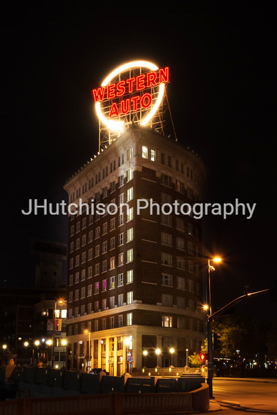 KC0059 - Western Auto Building at Night