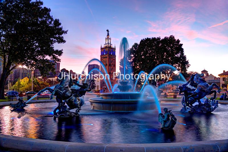 KC0019 - JC Nichols Fountain n Bluei