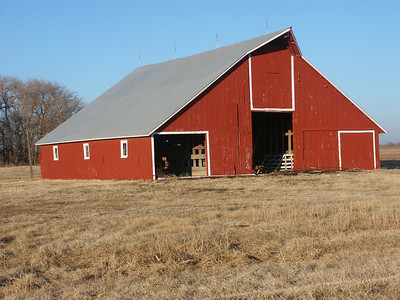 Harvey County barn on NW72nd near Golden Prairie Rd