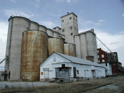 Collingwood elevator and mill - Kingman