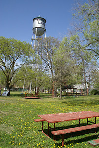 Water tower and city park in Courtland