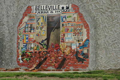 Mural on Farm and Home store in Belleville