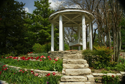Gazeebo and flower beds. Photo by Larry.
