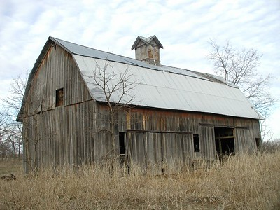 Old barn southeast of Douglass