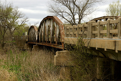Pony truss bridge over Walnut River west of the town of Rock