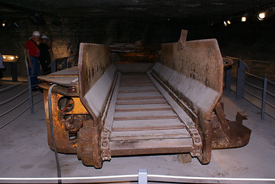 Conveyer machine used to transport salt.