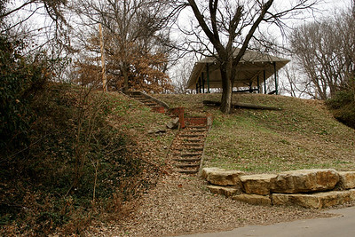 Stairs up to Cave Park