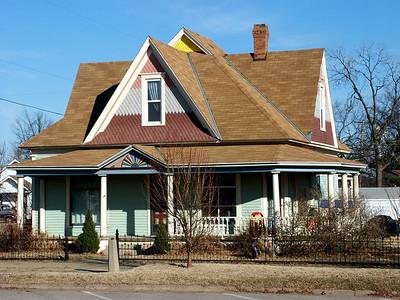 Multi colored house in Garden Plain