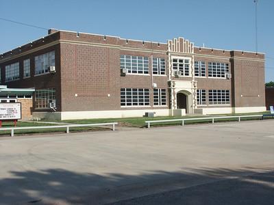 High School building in Macksville