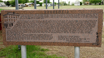 Historical monument about Hunnewell